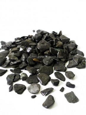black gravel stones
